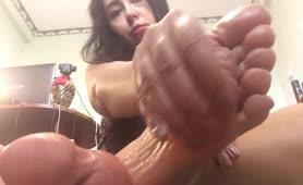 Hot Curves Brunette Oiled Feet and Massage Huge Dick own Pretty feet FOOTFETiSH