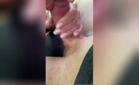 Young Babe Sucks Dick & Swalows Cum in the Car