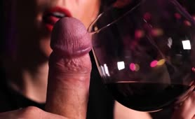 TINDER DATE NIGHT SENSUAL BLOWJOB, RED WINE AND CUM INTO MOUTH