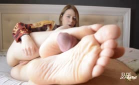 She gives her first Time Footjob and Loves it